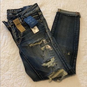 American Eagle NWT Jegging Crop Distressed Jeans